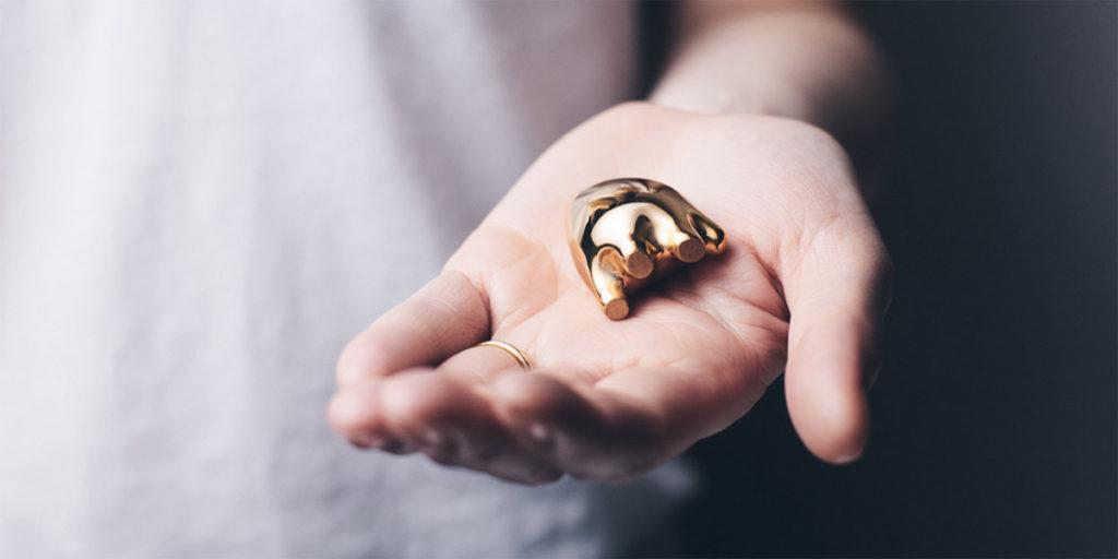 BeMine Hearts, serce z ceramiki pokrytej złotem